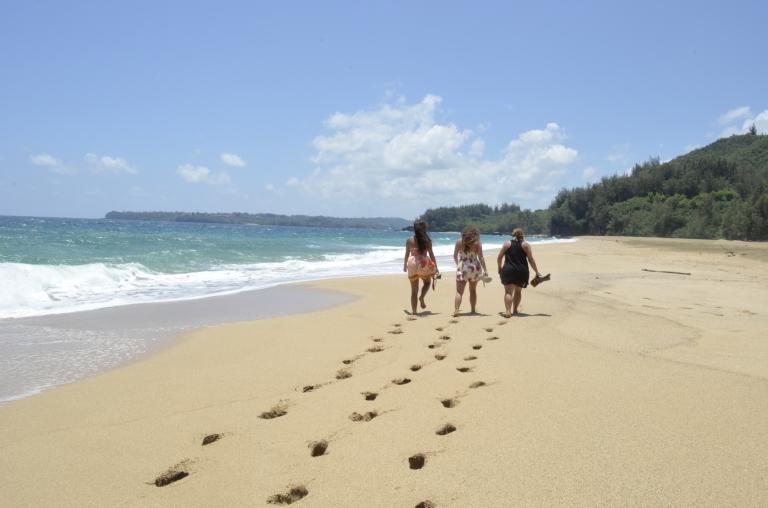 Hawaii daughter, sister, mother lovinnnn