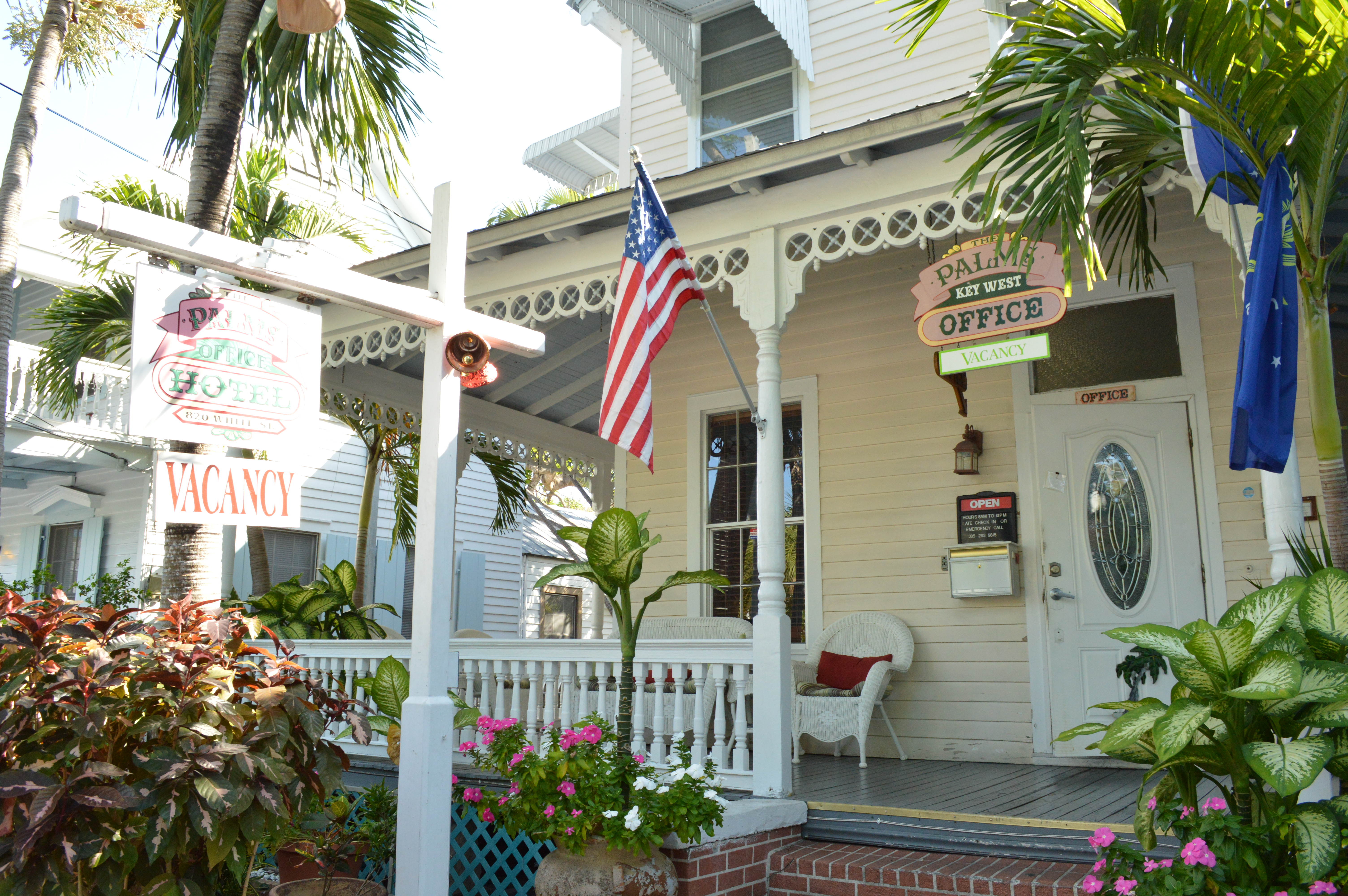 Bed breakfast key west 28 images bed and breakfast for Bath house key west